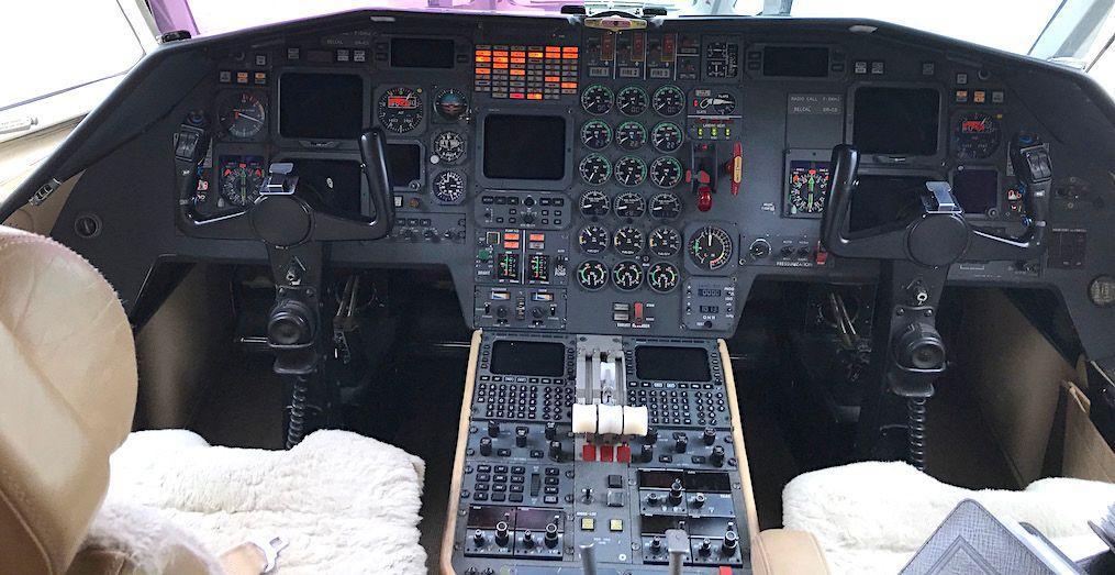 1987 Dassualt Falcon 900B Photo 6