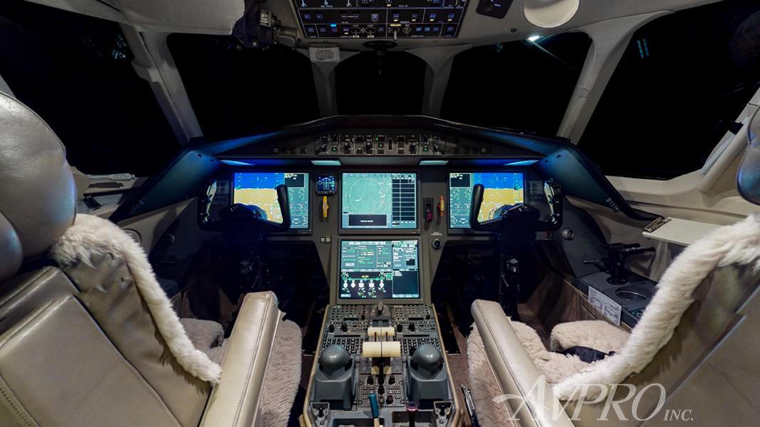 2004 Dassault Falcon 42 Photo 7