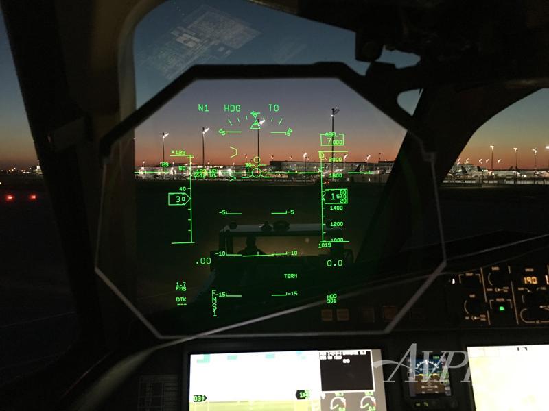 2004 Dassault Falcon 42 Photo 6