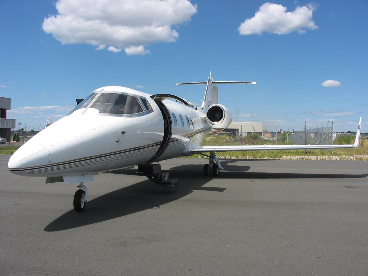 1982 Bombardier Learjet 55 Photo 2
