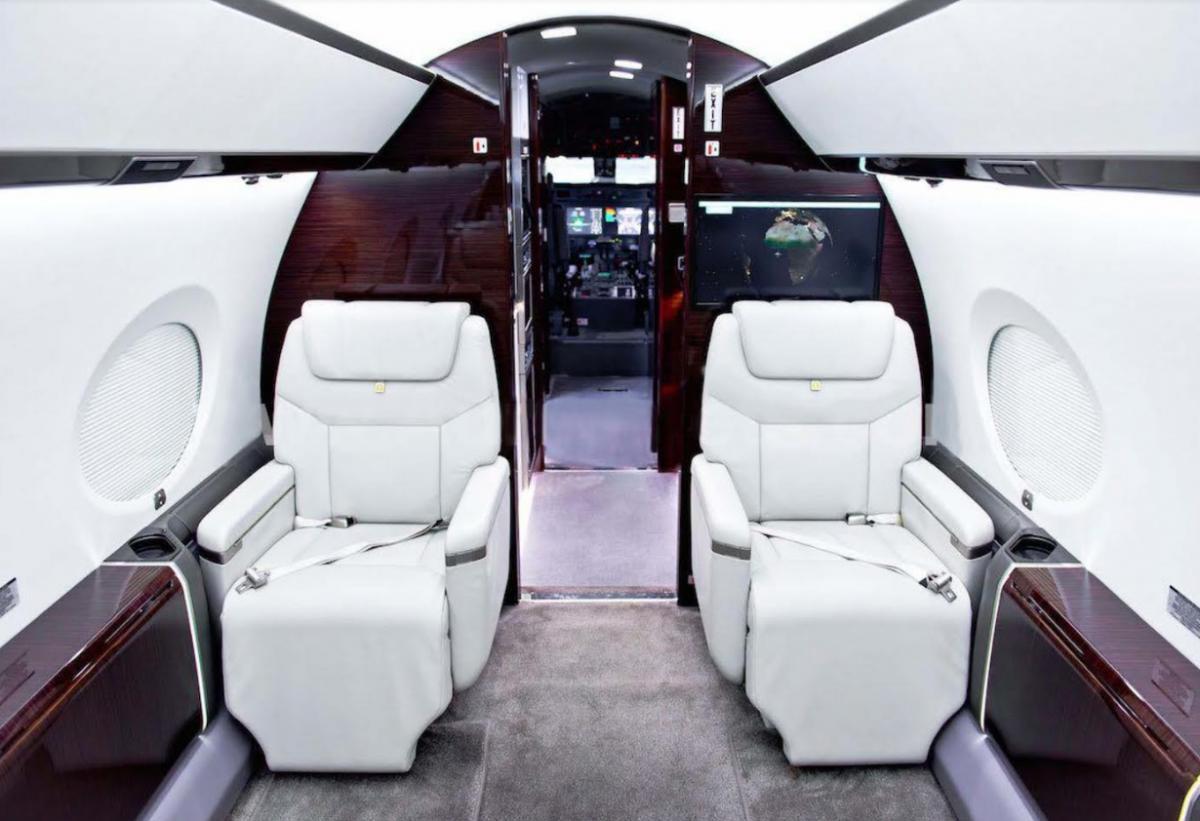 2013 Gulfstream G450 Photo 6