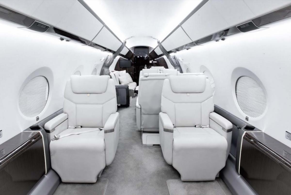 2013 Gulfstream G450 Photo 4
