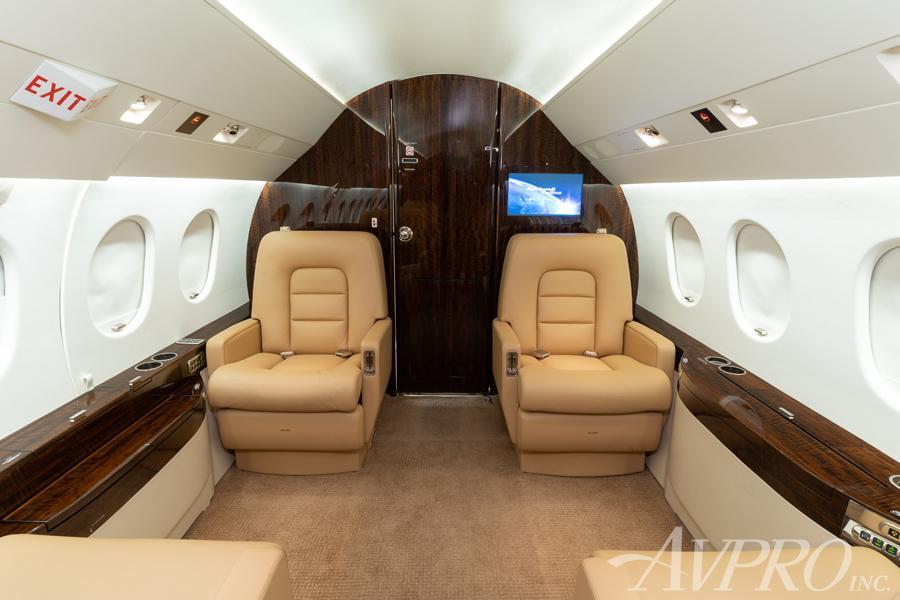 2001 Dassault Falcon 2000 Photo 4