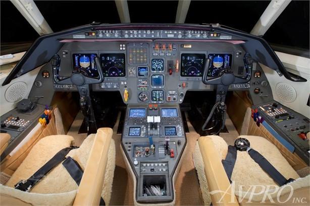 2001 Dassault Falcon 2000 Photo 7