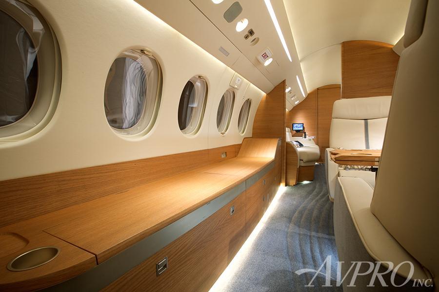 2012 Dassault Falcon 7X Photo 2
