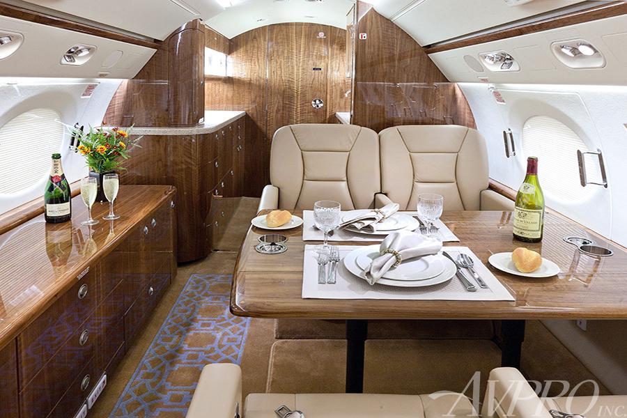 2011 Gulfstream G550 Photo 6