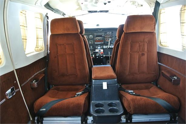1981 PIPER SENECA III Photo 4