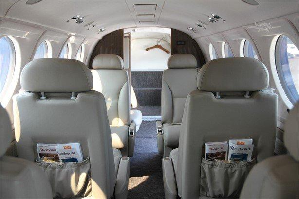 2019 BEECHCRAFT KING AIR 250 Photo 2
