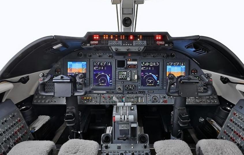 1997 Learjet 60XR Photo 5