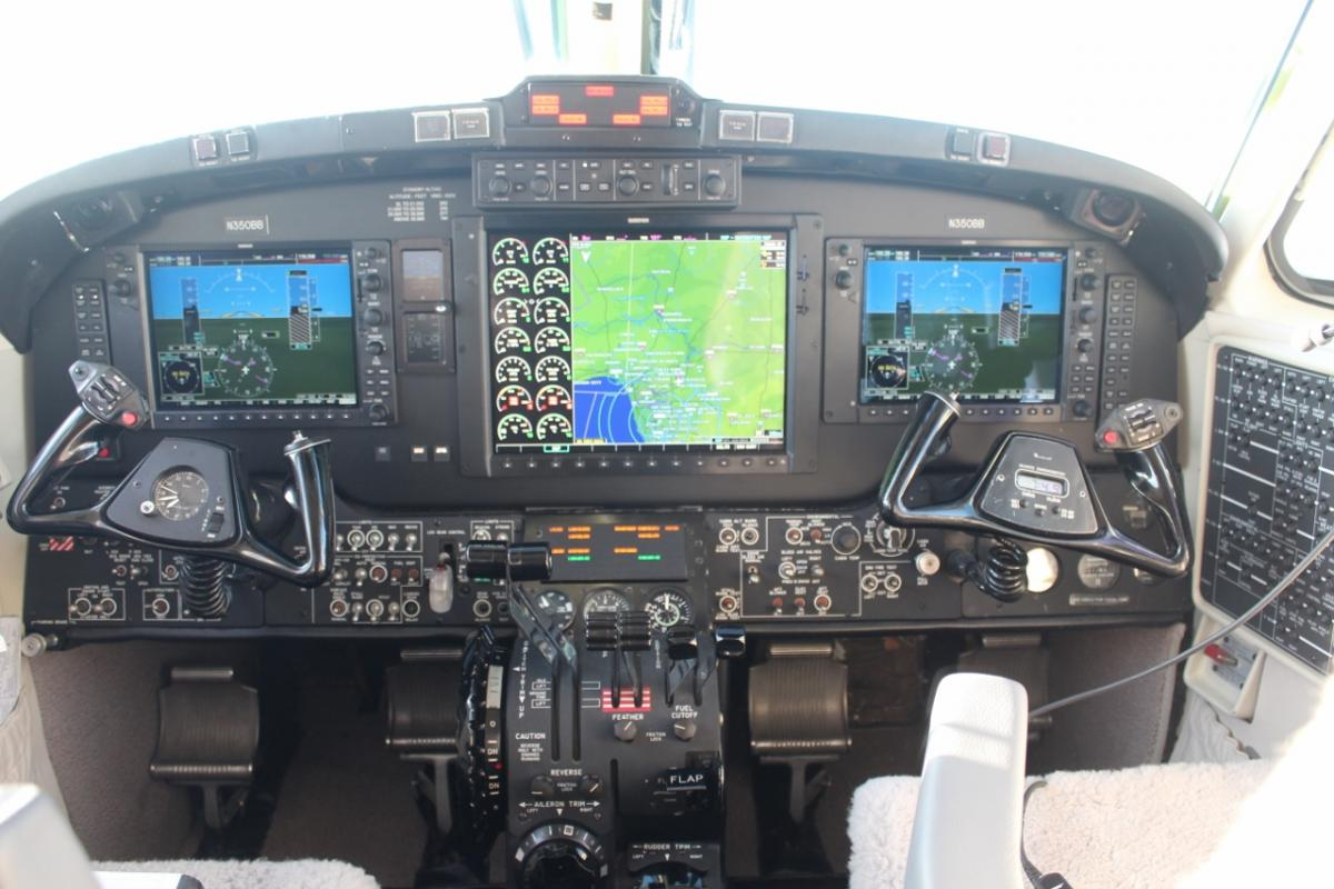 1990 Beech King Air 350 Photo 2