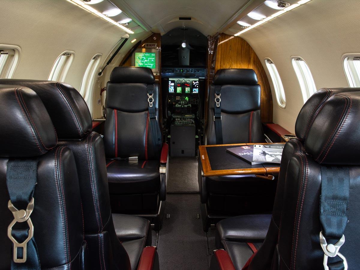 2004 Learjet 45XR Photo 3