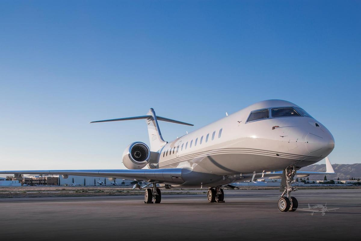 2003 BOMBARDIER GLOBAL EXPRESS Photo 2