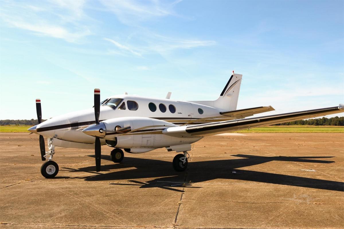 1980 BEECHCRAFT KING AIR C90  - Photo 1