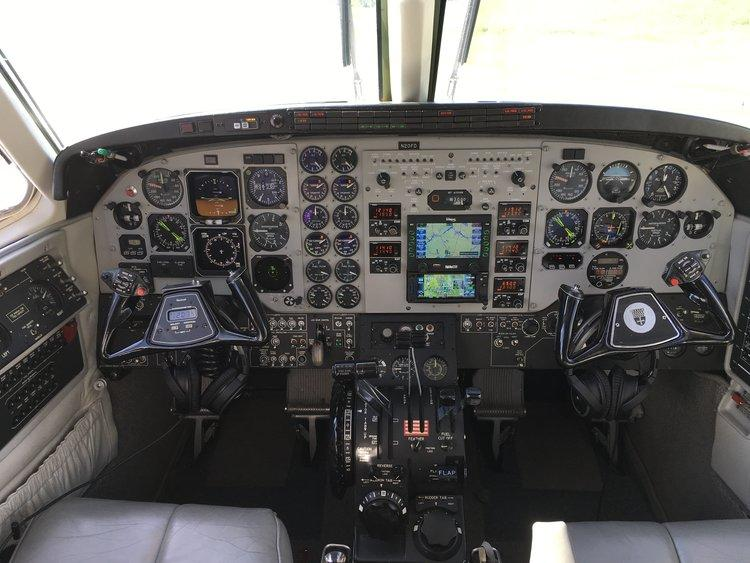1998 Beech King Air C90B Photo 5