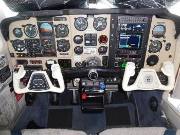 1990 BEECHCRAFT F33A BONANZA - Photo 3