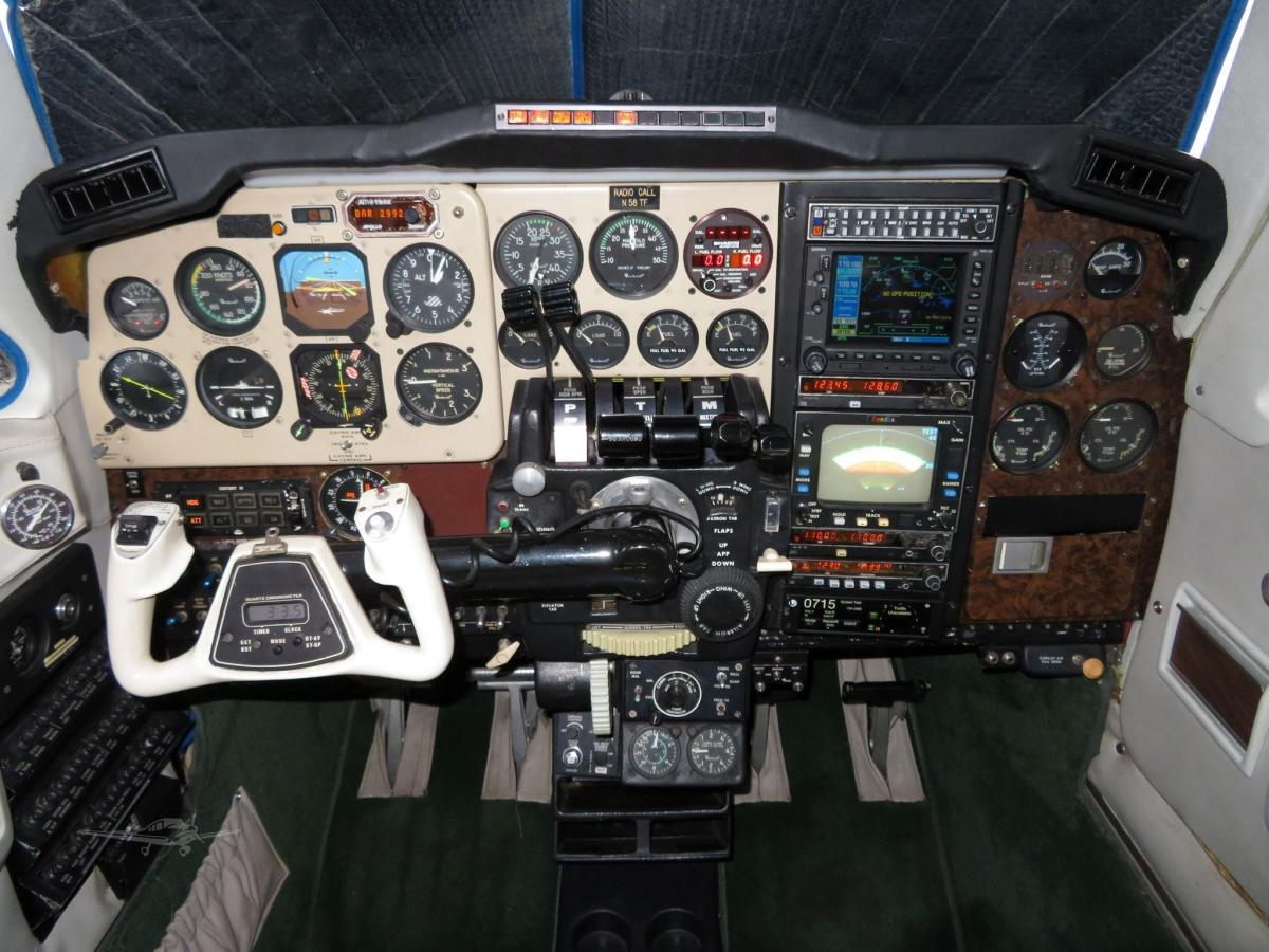 1980 BEECHCRAFT 58P BARON Photo 5