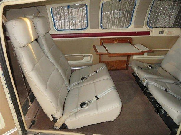 1986 BEECHCRAFT A36 BONANZA Photo 4