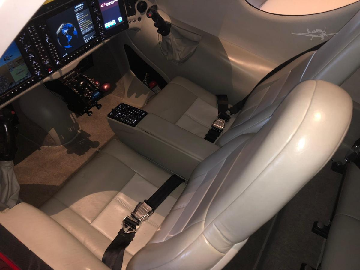 2015 LANCAIR EVOLUTION Photo 2