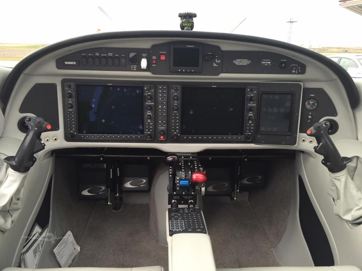 2015 LANCAIR EVOLUTION Photo 5