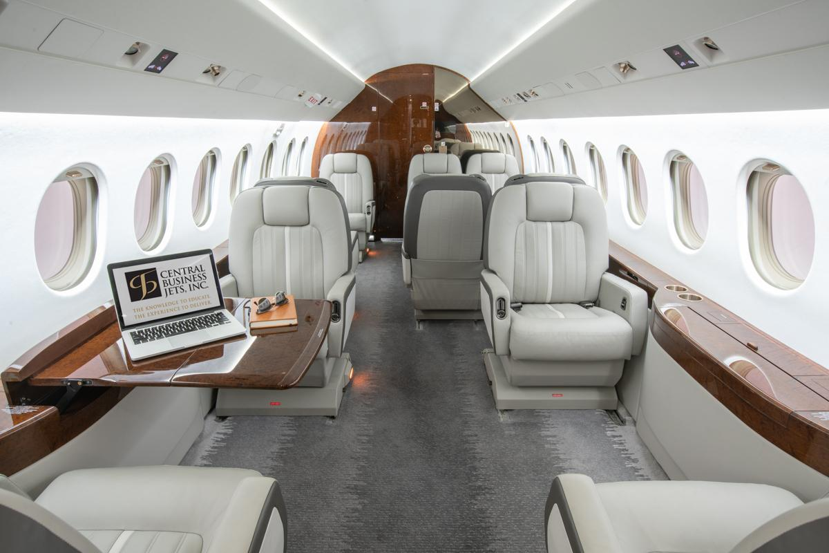 2003 Dassault Falcon 2000 EX Photo 3