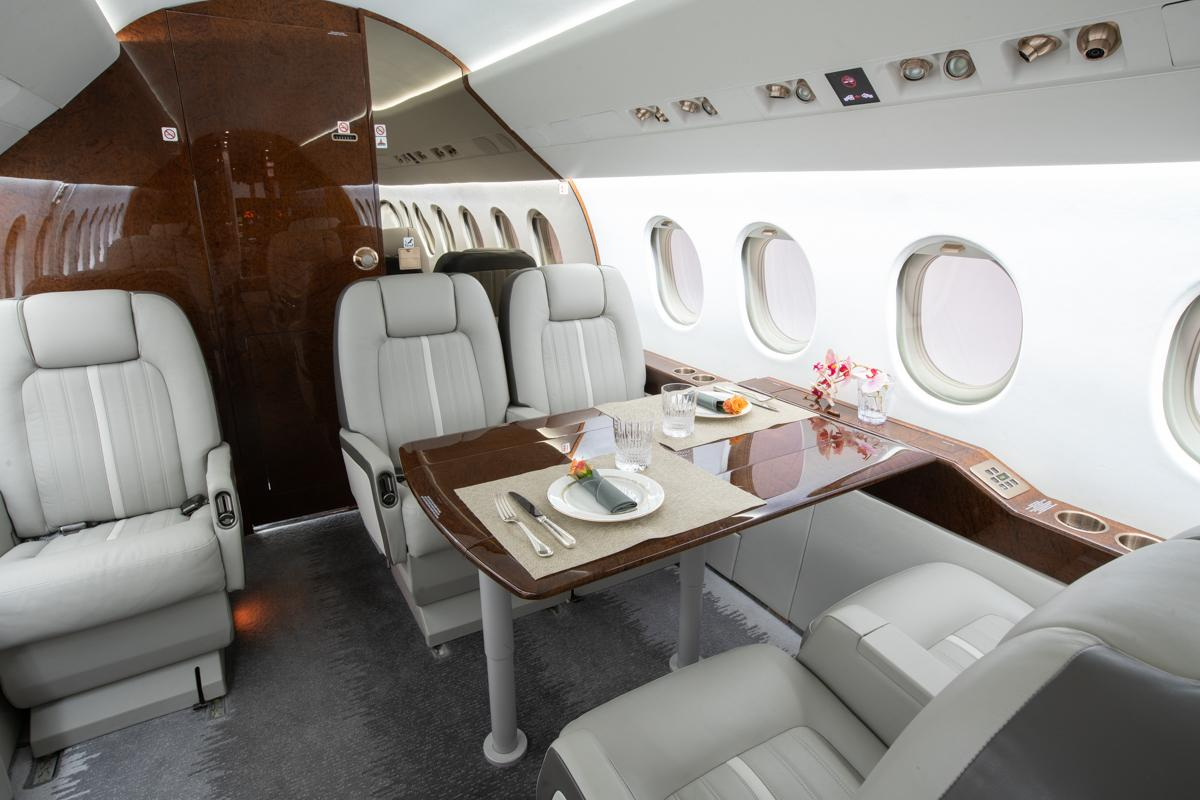 2003 Dassault Falcon 2000 EX Photo 4