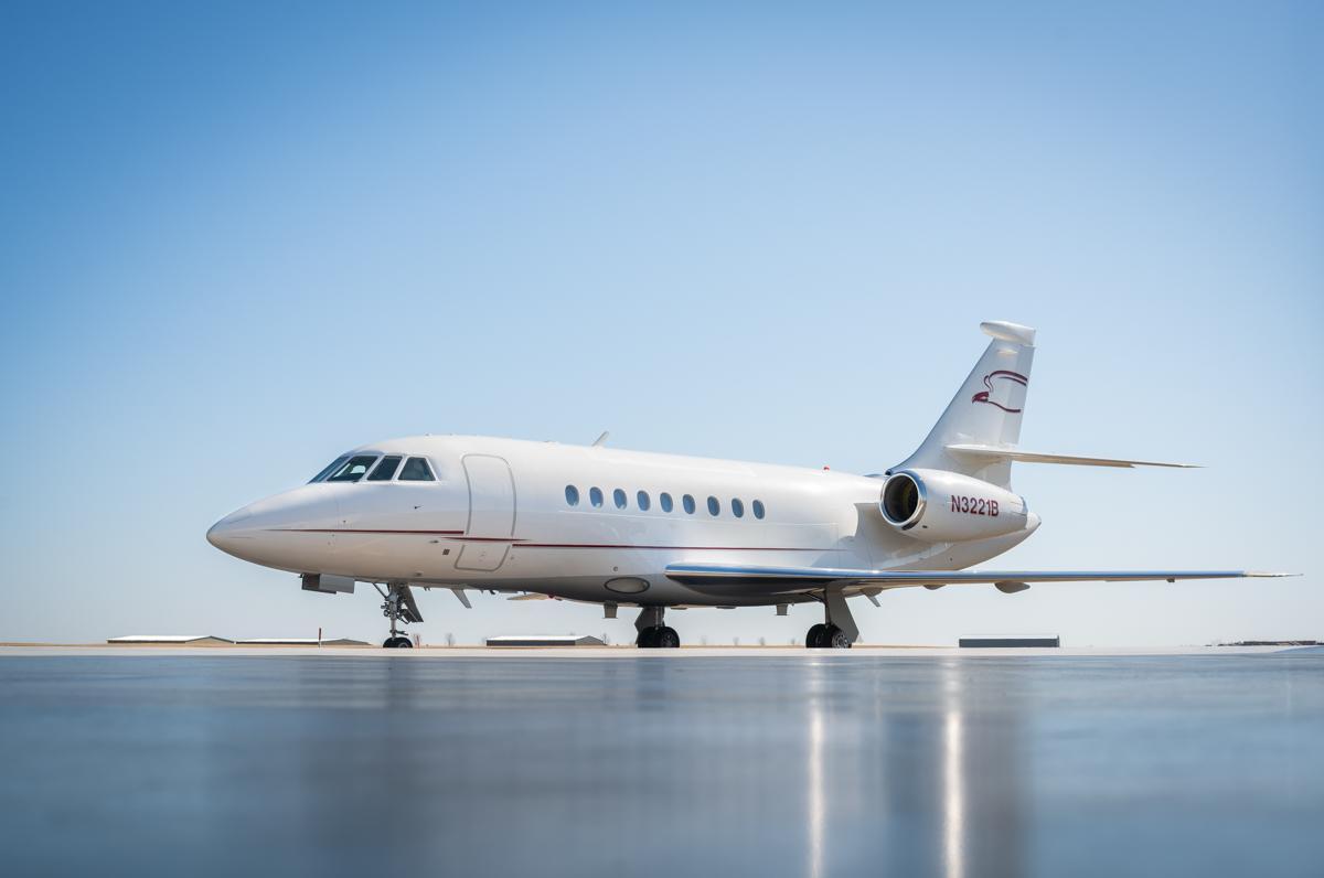 2003 Dassault Falcon 2000 EX Photo 2