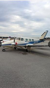 1975 BEECHCRAFT B60 DUKE Photo 2