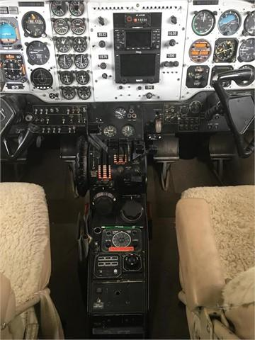 1976 BEECHCRAFT KING AIR E90  Photo 4
