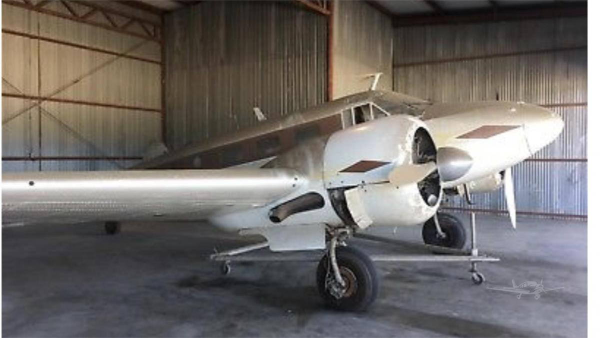 1946 BEECHCRAFT D18S - Photo 1