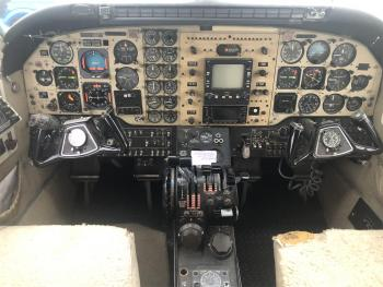 1976 BEECHCRAFT KING AIR C90 - Photo 3