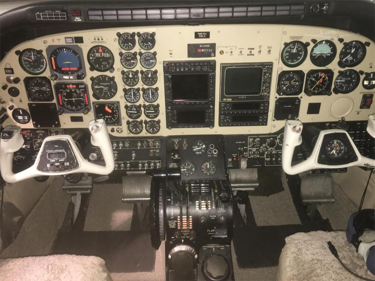 1973 BEECHCRAFT KING AIR E90 Photo 4
