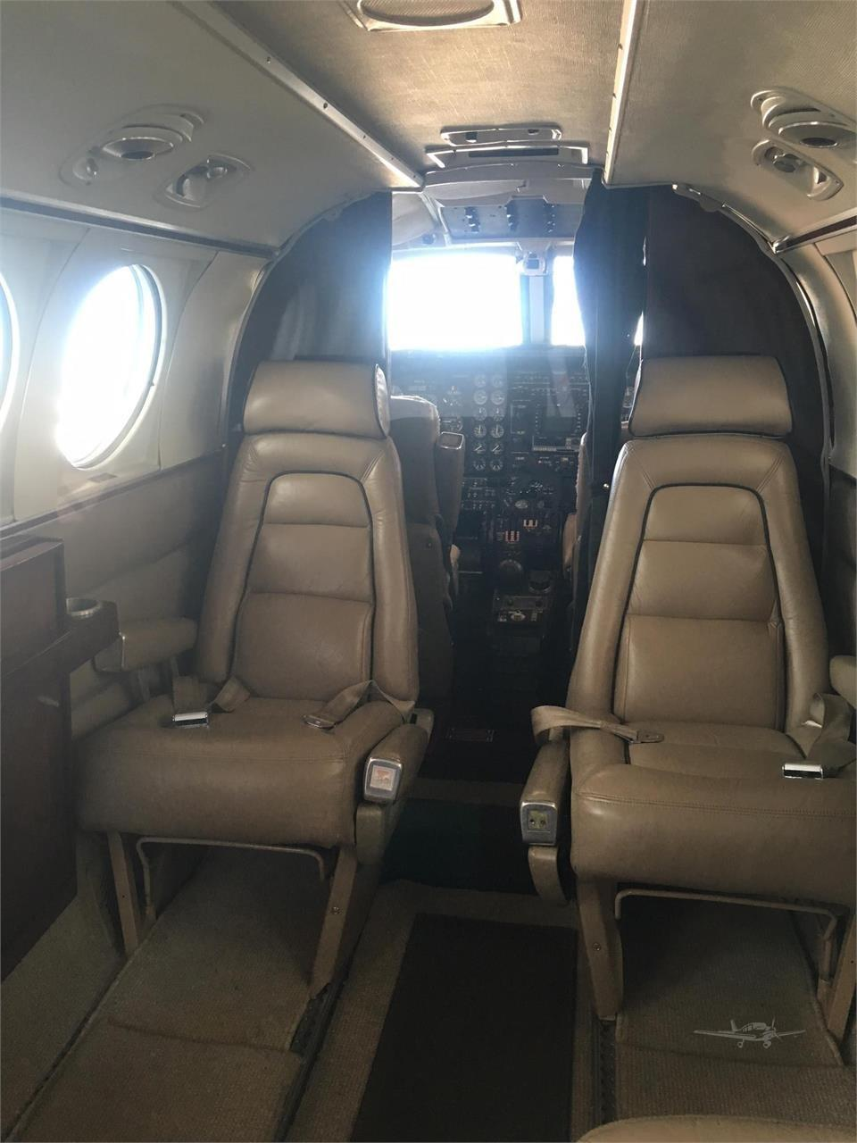 1972 BEECHCRAFT KING AIR E90 Photo 3