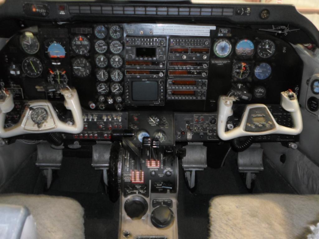 1972 BEECHCRAFT KING AIR E90 Photo 4