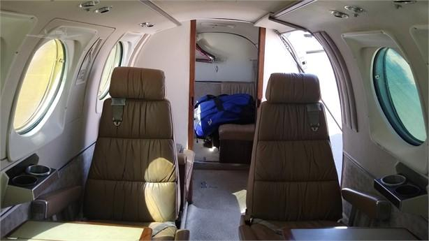 1978 BEECHCRAFT KING AIR C90 Photo 6