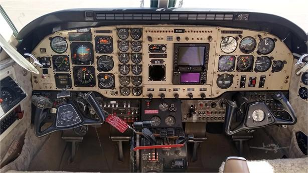 1978 BEECHCRAFT KING AIR C90 Photo 2