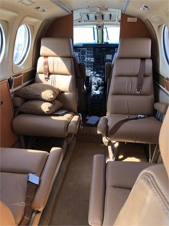 1979 BEECHCRAFT KING AIR C90 Photo 3