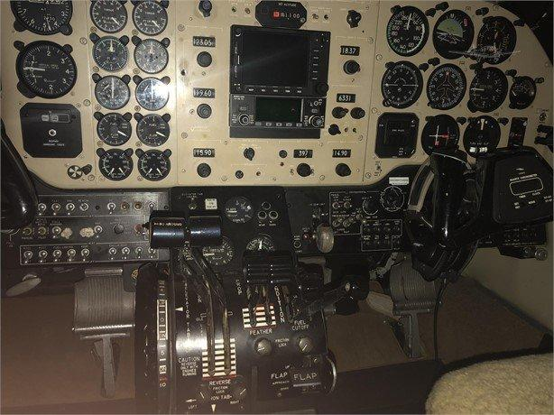 1977 BEECHCRAFT KING AIR C90 Photo 3