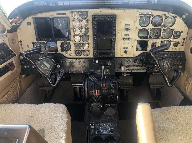 1979 BEECHCRAFT KING AIR C90 Photo 4