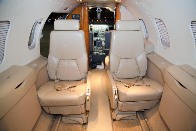 2002 Learjet 31A Photo 7