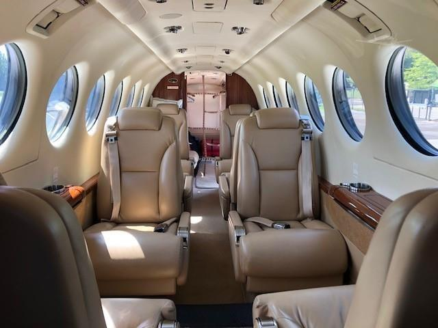 2011 BEECHCRAFT KING AIR 350i Photo 3