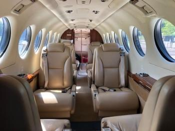2011 BEECHCRAFT KING AIR 350i - Photo 2
