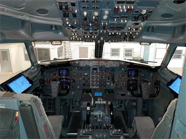 1987 BOEING 737-300 Photo 6