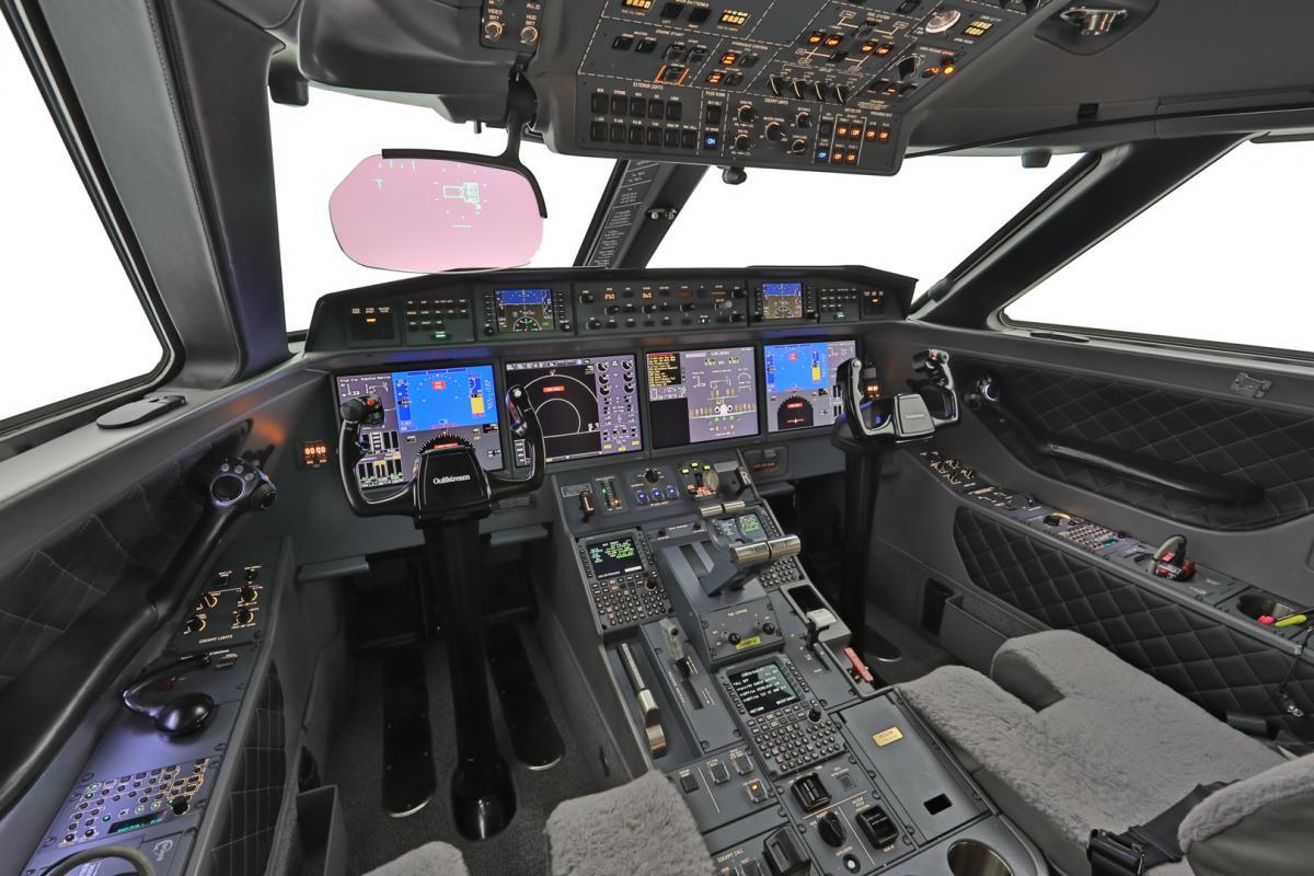 2015 Gulfstream G650ER Photo 4
