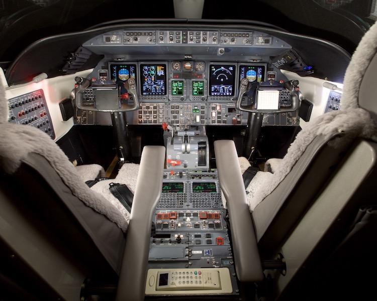 2001 Learjet 45 Photo 4