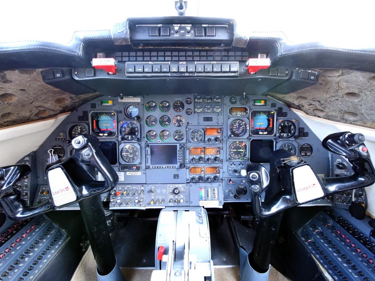 1989 Learjet 31 Photo 4