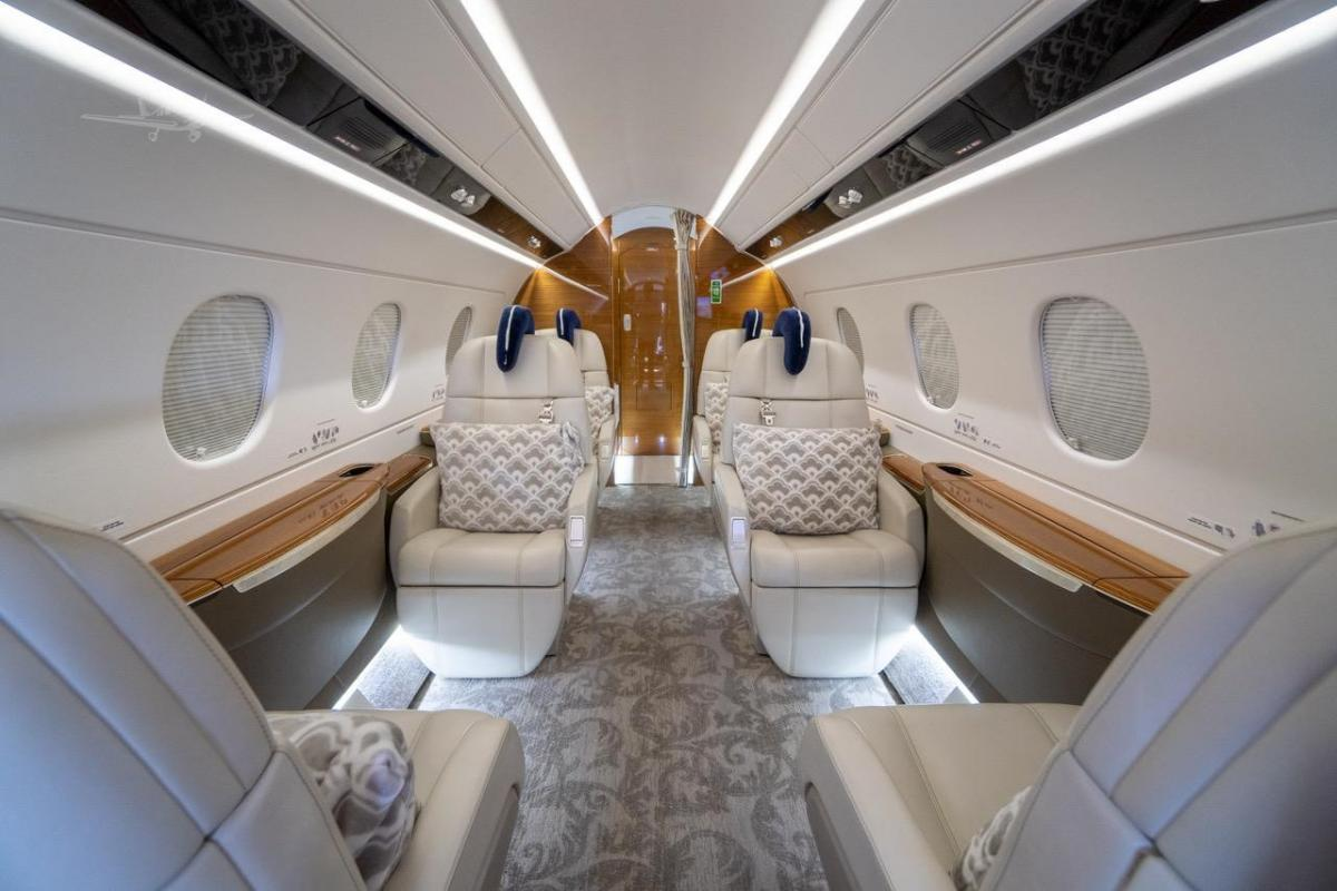 2016 EMBRAER LEGACY 450 Photo 3