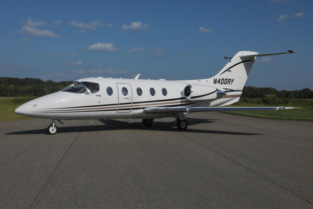 2003 Hawker 400XP Photo 2