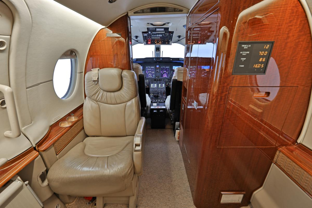 2003 Hawker 400XP Photo 5