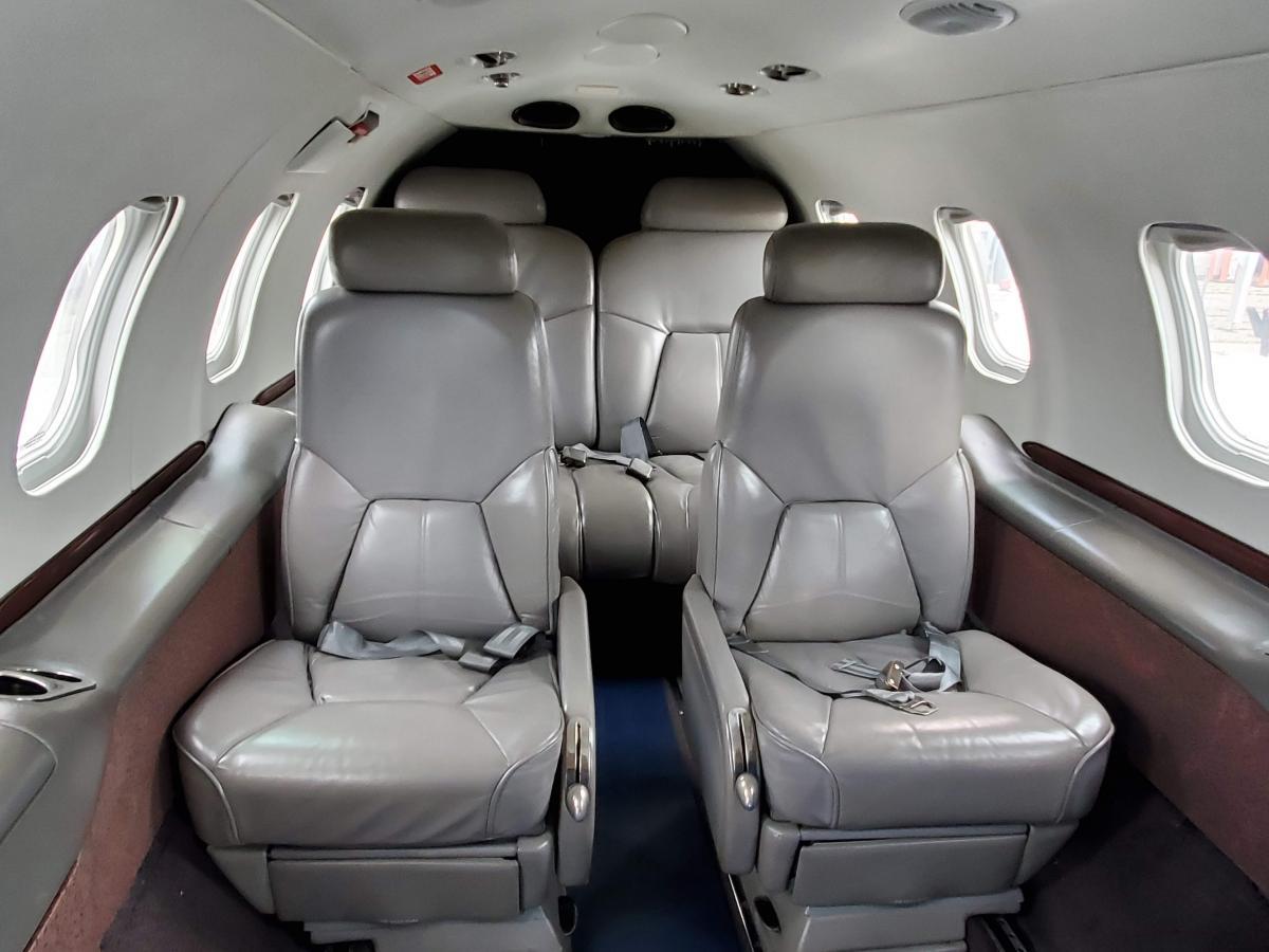 1996 Learjet 31A Photo 4