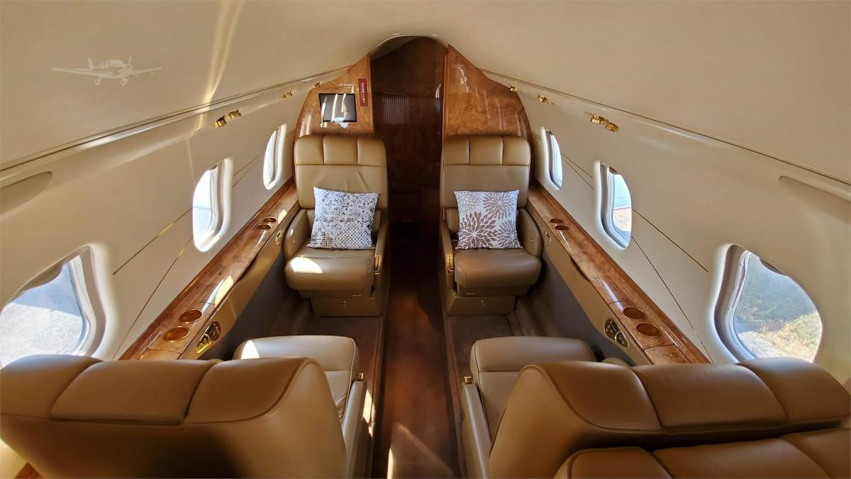 2001 LEARJET 60 Photo 5